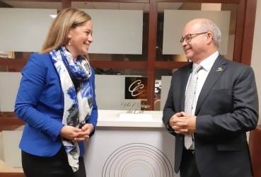 Association entre une jeune PME de Québec et un leader nord-américain du domaine funéraire
